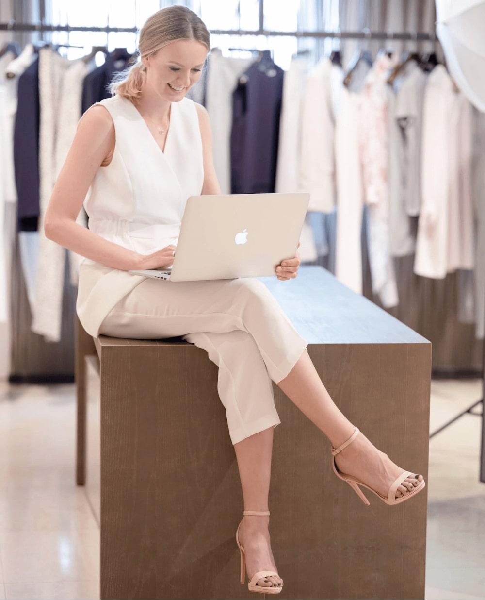 Natalia Bamber-Laskowska - osobista stylistka podczas pracy